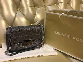 Michael Kors chain hand bag