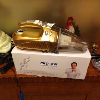 4in1 car vaccum,light,tire pump and pressure check
