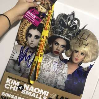 Dragqueen autographed poster + VIP tag(Kimchi, Naomi smalls and Lady Bunny)