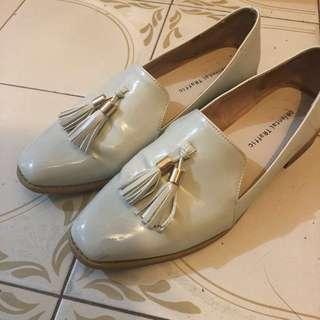 Oriental traffic 米白鞋