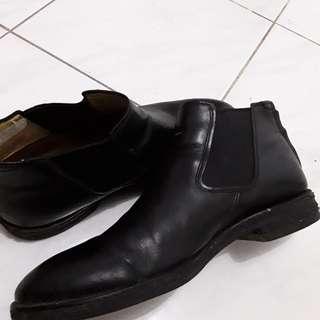 Chelsea boots Regal