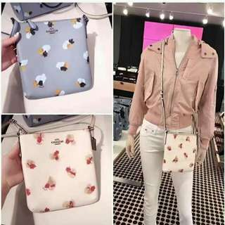 COACH FLORAL CROSS BODY (AUTHENTIC)