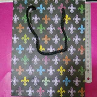 童軍 patrick cox 彩色 圖案 紙袋
