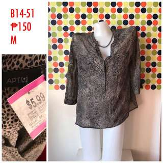 Apt. Longsleeves blouse with tag