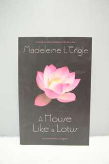 Book: A House Like A Lotus by Madeleie L'Engle
