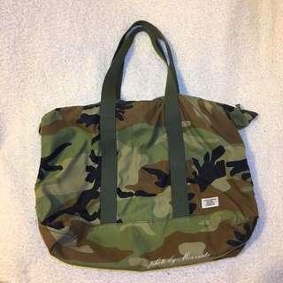 【香港帶回】CHOCOOLATE 迷彩側背包 旅行袋 肩背包 香港代購
