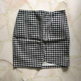 Black checkered bandage skirt formal
