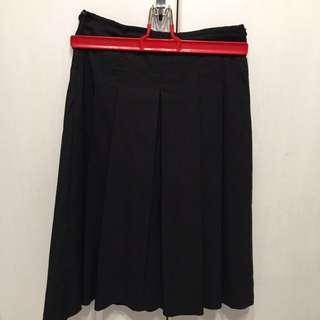 🚚 黑色條紋小腿裙