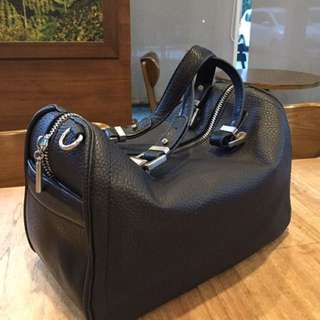 Original Zara Speedy