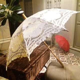 Lace umbrella / parasol in white or red