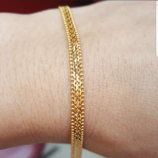 Brand new 916 Gold