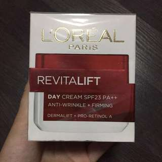 🙅No stock!! L'Oréal REVITALIFT Day Cream SPF 23 | Anti-wrinkle + Firming (50ml)