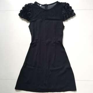 Black Rose Sleeves Shift Dress