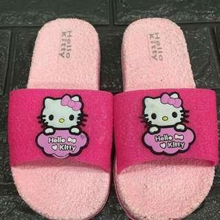 Kitty slipper P200 Size 25-29  Size 30-34