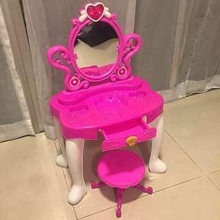Barbie Dressing Table