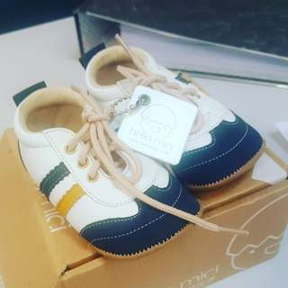 Baby pre-walker sneakers