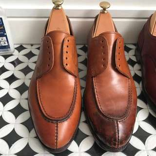 Shoeshine & leather restoration