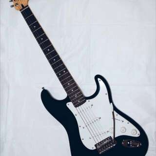 Fender Squier Stratocaster Electric Guitar