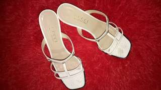 GUCCI White Sandals