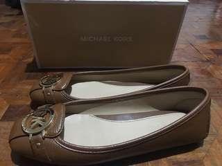 Michael Kors Fulton Tumbled Leather Flats