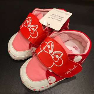 BNWT Disney Minnie Walker Shoes