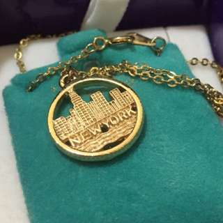 14 karat Gold Necklace New York City Skyline