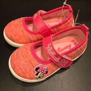 BNWT Disney Minnie Mouse Pink Shoes
