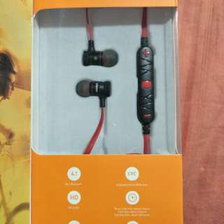 BNIB wireless bluetooth earpiece