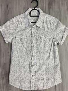 Levi slim blouse