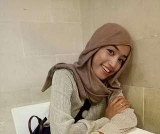 Jilbab Uniqlo X Hana Tajima