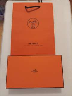 Hermes box with paper bag