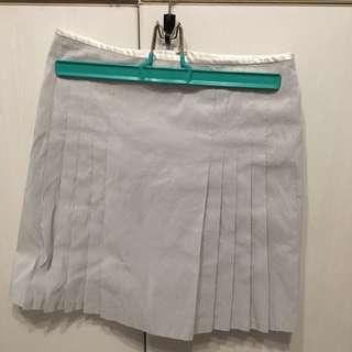 🚚 灰白色百褶條紋裙