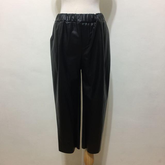 全新,腰鬆緊時尚必備保暖仿皮革寬褲,九分褲