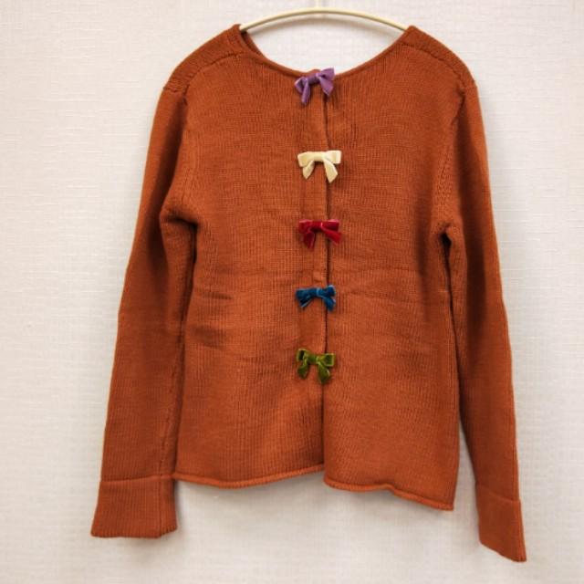 【流行款】背面蝴蝶結毛線衣