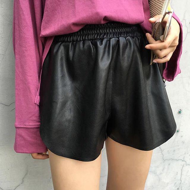 (私物)全新黑色仿皮革短褲