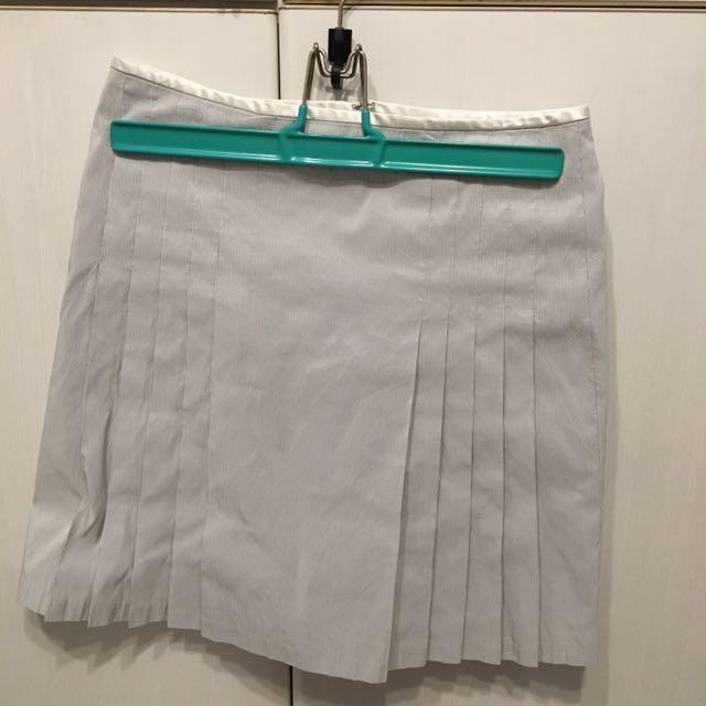 灰白色百褶條紋裙