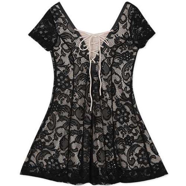 黑蕾絲 性感胸前綁袋小洋裝