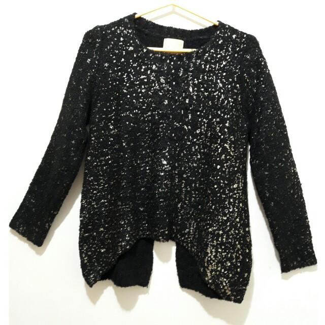 [二手]黑色毛衣 (金色不規則點裝飾)