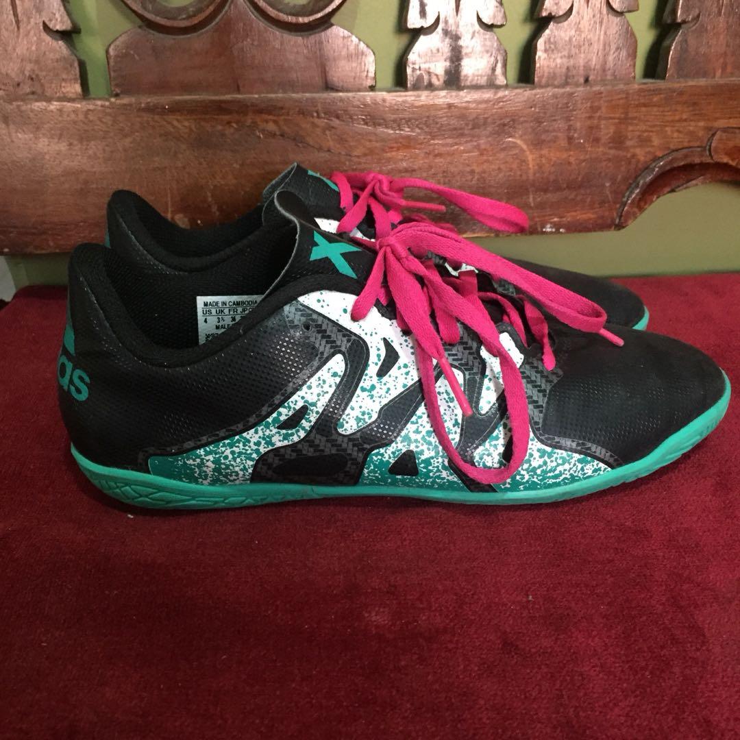 Adidas futsal shoes 228162b1d1