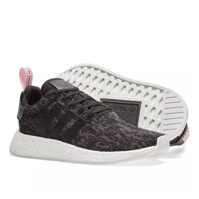 official photos 755b7 344a3 Adidas NMD R2 W black / wonder pink, Women's Fashion, Shoes on Carousell