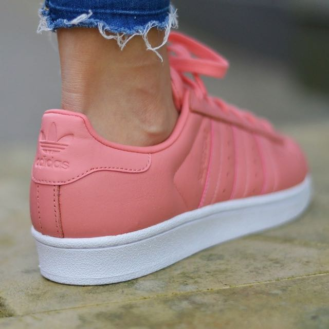 fe52cbce8f9  Adidas Superstar 80s Metal Toe - Tactile Rose  BY9750