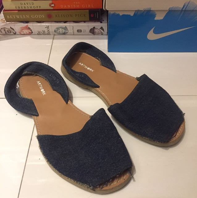 Artwork sandals