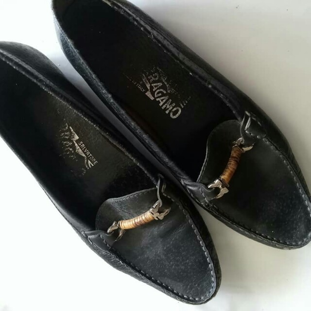 Authentic Salvatore Ferragamo fe7a76f500
