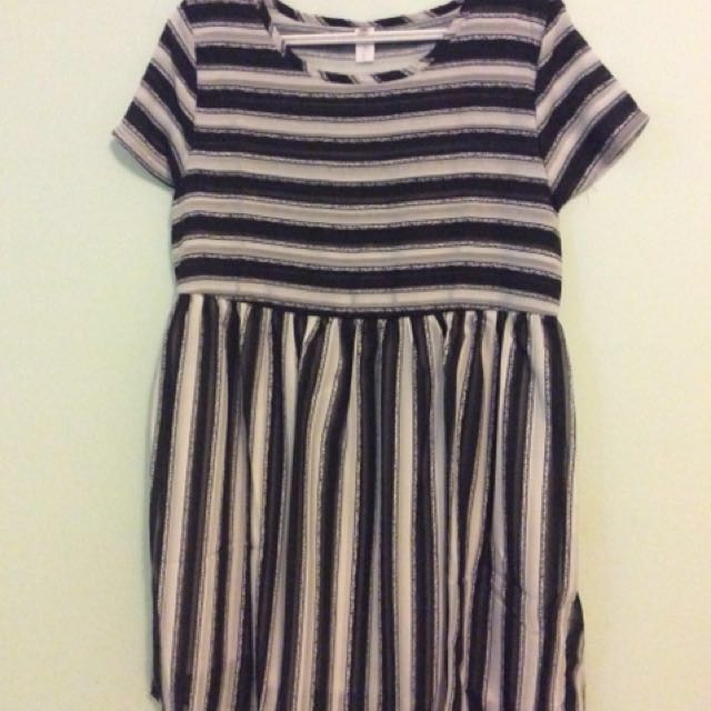 Babydoll black&white dress markdown!x4