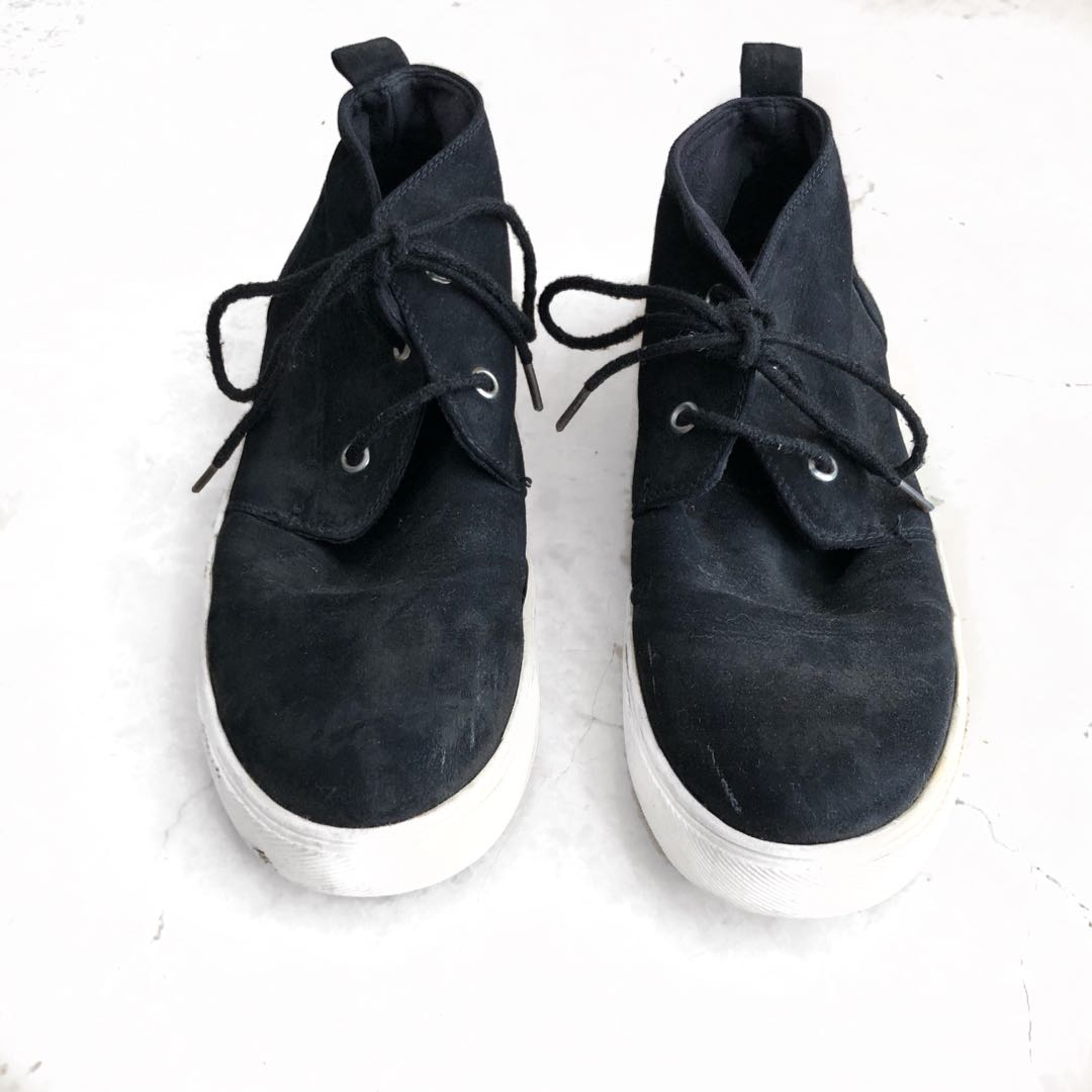 Black and white high top sneakers shoes