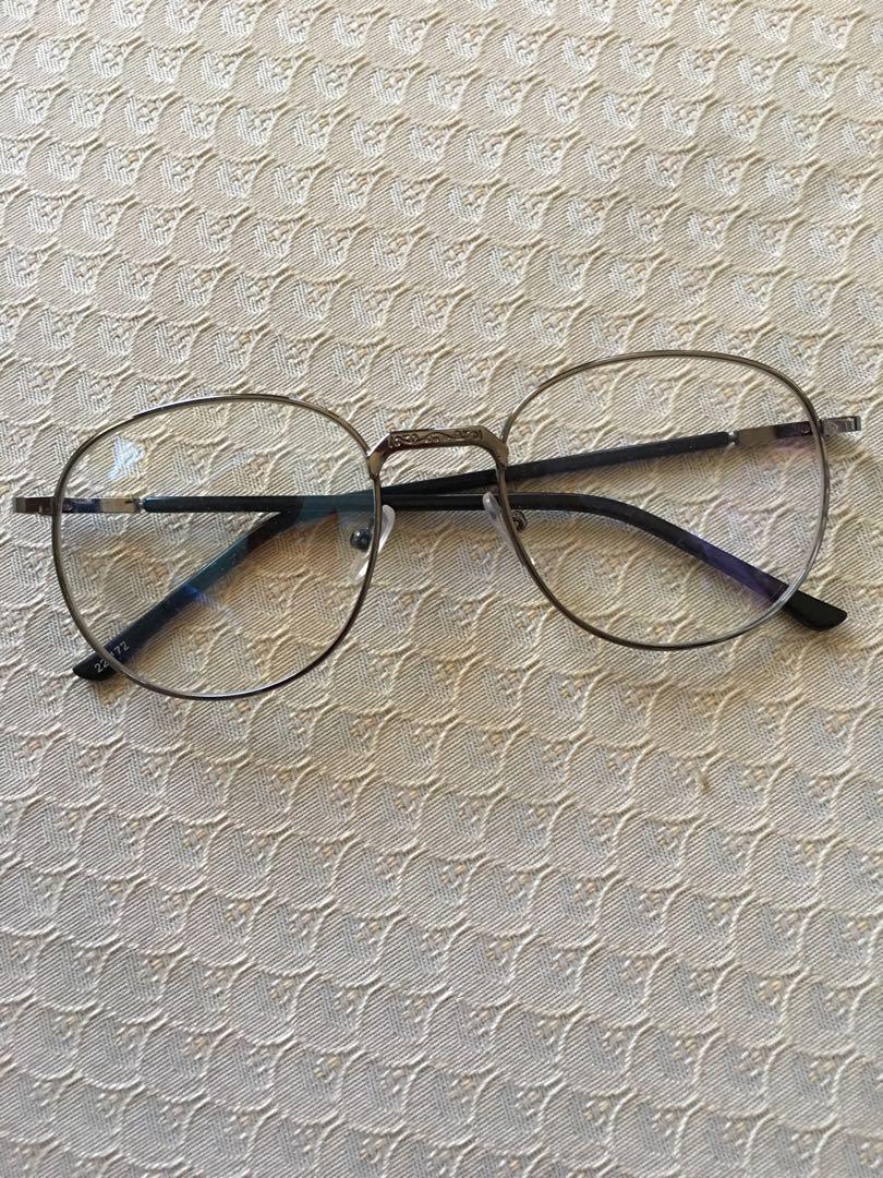 Engraved glasses (No grade)