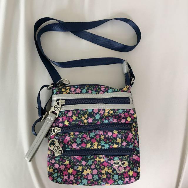 Floral side purse