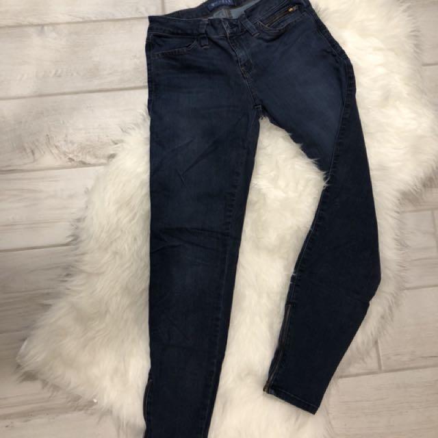 Guess Cropped Leggings W/ Zipper