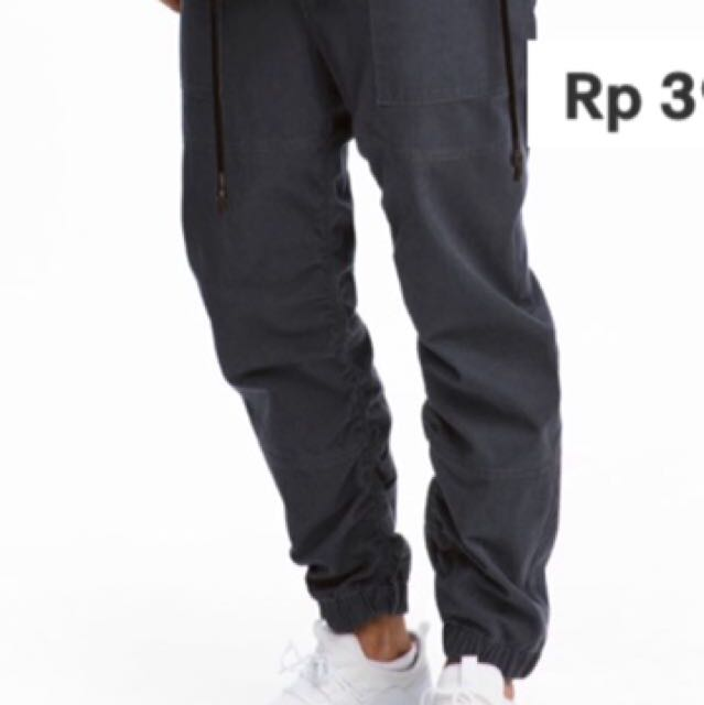 H&M cargo jogger pants