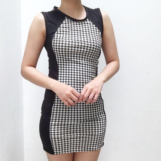 Houndstooth black n white dress
